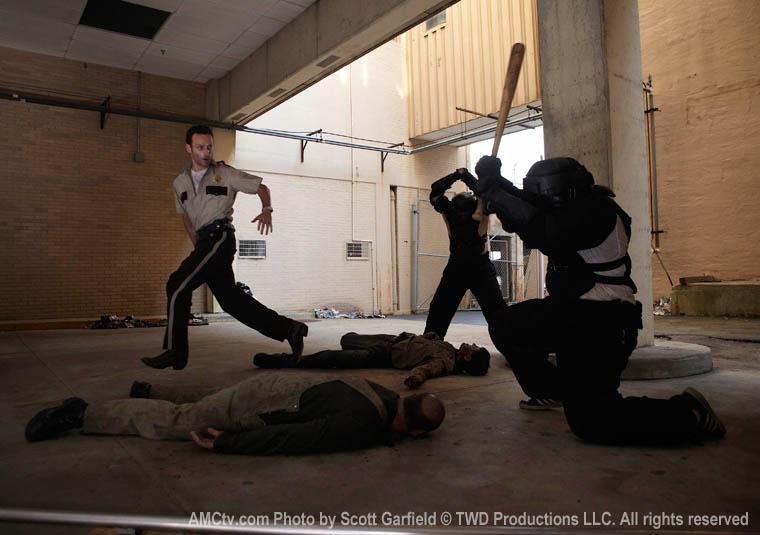 The Walking Dead Season 1 Episode Photos 26 - The Walking Dead Season 1 Episode Photos