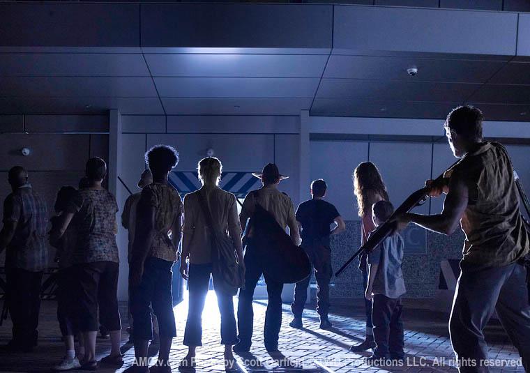 The Walking Dead Season 1 Episode Photos 80 - The Walking Dead Season 1 Episode Photos
