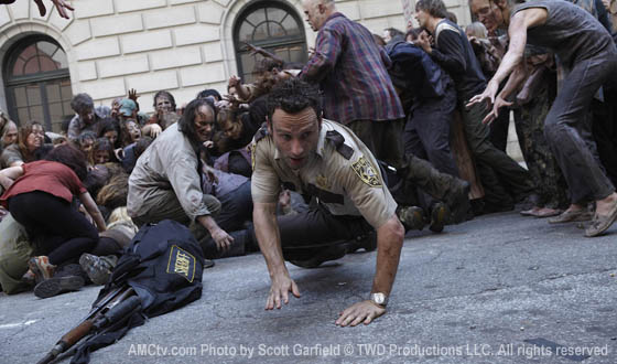 TWD-Episode101-Rick-Zombies-560.jpg