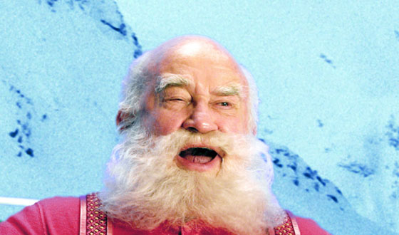 Photos – The Many Faces of Santa in the Movies