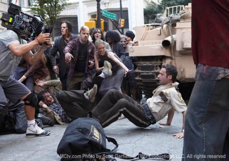 The Walking Dead Season 1 Behind the Scenes Photos 14 - The Walking Dead Season 1 Behind the Scenes Photos