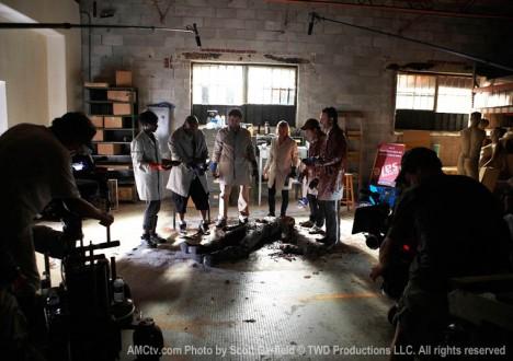 The Walking Dead Season 1 Behind the Scenes Photos 20 - The Walking Dead Season 1 Behind the Scenes Photos