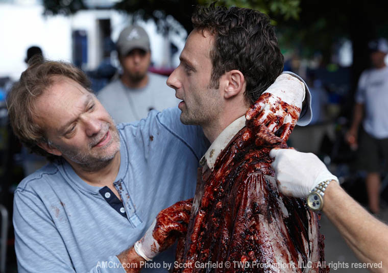 The Walking Dead Season 1 Behind the Scenes Photos 21 - The Walking Dead Season 1 Behind the Scenes Photos