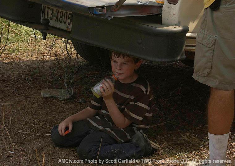 The Walking Dead Season 1 Behind the Scenes Photos 34 - The Walking Dead Season 1 Behind the Scenes Photos