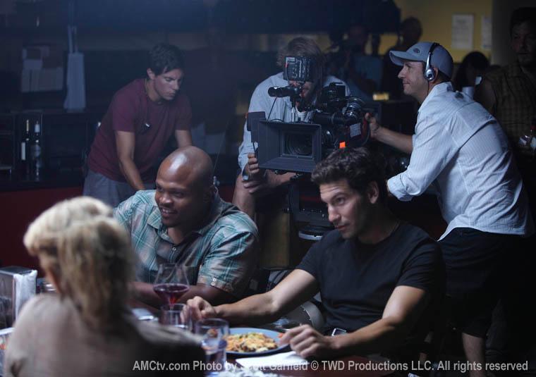 The Walking Dead Season 1 Behind the Scenes Photos 37 - The Walking Dead Season 1 Behind the Scenes Photos