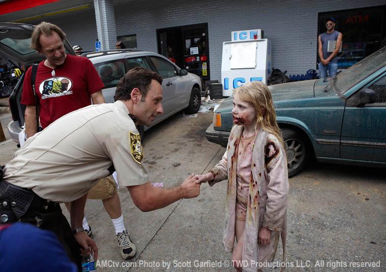 The Walking Dead Season 1 Behind the Scenes Photos 11 - The Walking Dead Season 1 Behind the Scenes Photos