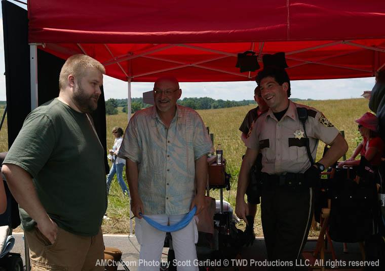 The Walking Dead Season 1 Behind the Scenes Photos 2 - The Walking Dead Season 1 Behind the Scenes Photos