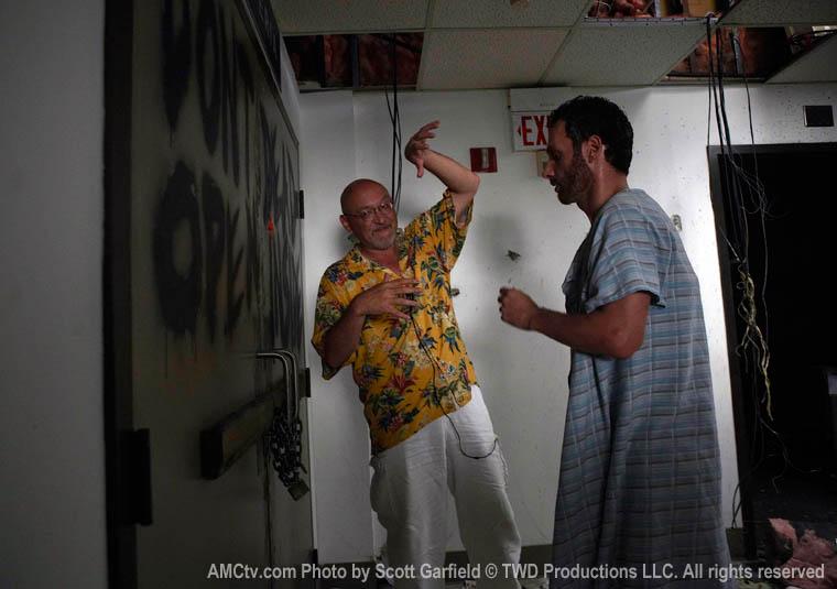 The Walking Dead Season 1 Behind the Scenes Photos 3 - The Walking Dead Season 1 Behind the Scenes Photos