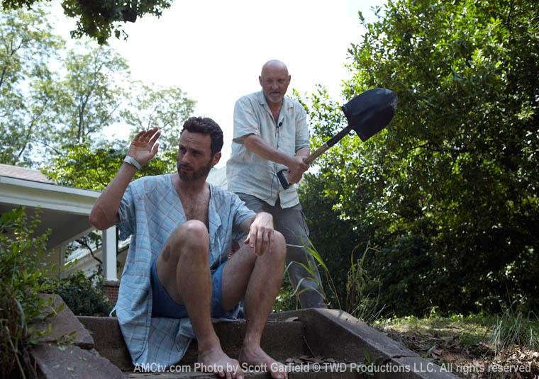 The Walking Dead Season 1 Behind the Scenes Photos 5 - The Walking Dead Season 1 Behind the Scenes Photos