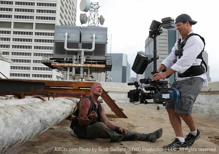 The Walking Dead Season 1 Behind the Scenes Photos 24 - The Walking Dead Season 1 Behind the Scenes Photos