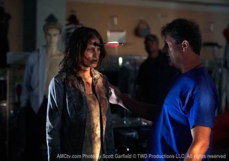 The Walking Dead Season 1 Behind the Scenes Photos 27 - The Walking Dead Season 1 Behind the Scenes Photos