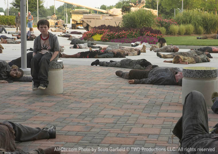 The Walking Dead Season 1 Behind the Scenes Photos 38 - The Walking Dead Season 1 Behind the Scenes Photos