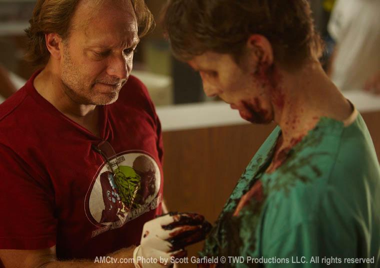 The Walking Dead Season 1 Behind the Scenes Photos 36 - The Walking Dead Season 1 Behind the Scenes Photos