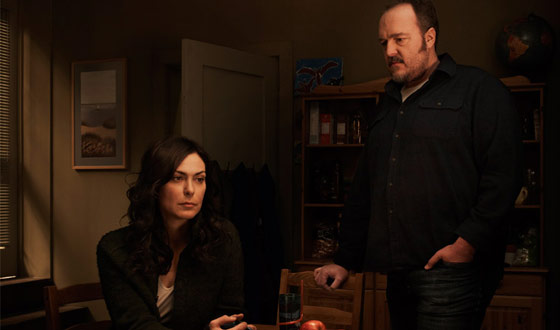 <i>Huffington Post</i> Says <i>The Killing</i> Is Saving TV, <i>TV.com</i> Calls It &#8220;Worth Watching&#8221;