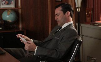 Emmy Buzz Grows for Jon Hamm and Elisabeth Moss; Hamm Profiled by <em>L.A. Times</em>