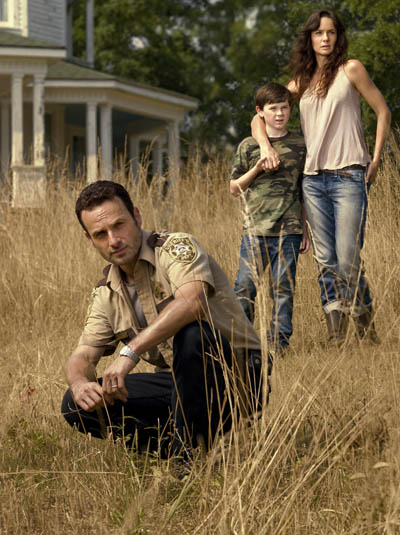 The Walking Dead Season 2 Cast Photos 16 - The Walking Dead Season 2 Cast Photos