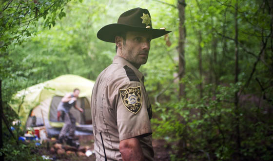 Five Sneak Peek Photos From <em>The Walking Dead</em> Season Premiere
