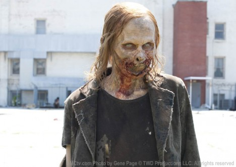 The Walking Dead Season 2 Episode Photos 4 - The Walking Dead Season 2 Episode Photos