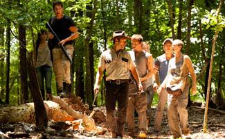 <em>THR</em>, <em>Variety</em> Applaud Season 2 Premiere; Hurd, Kirkman, and Mazzara Talk With <em>NYT</em>