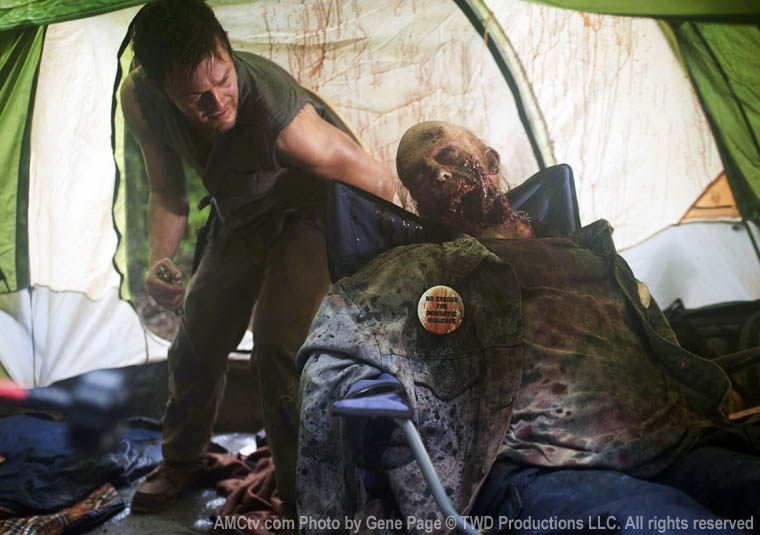 The Walking Dead Season 2 Episode Photos 13 - The Walking Dead Season 2 Episode Photos