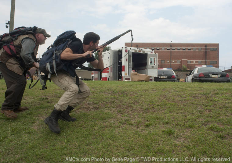 The Walking Dead Season 2 Episode Photos 24 - The Walking Dead Season 2 Episode Photos