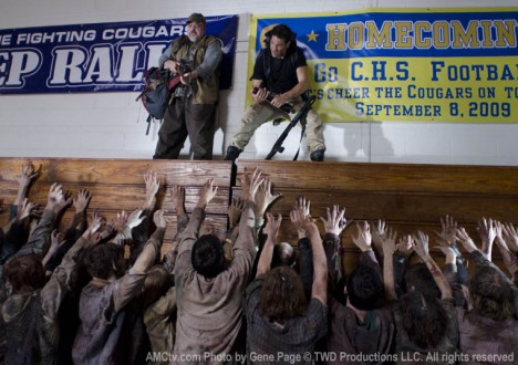 The Walking Dead Season 2 Episode Photos 31 - The Walking Dead Season 2 Episode Photos