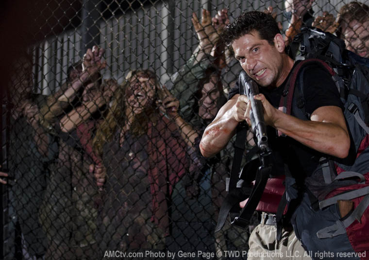 The Walking Dead Season 2 Episode Photos 27 - The Walking Dead Season 2 Episode Photos