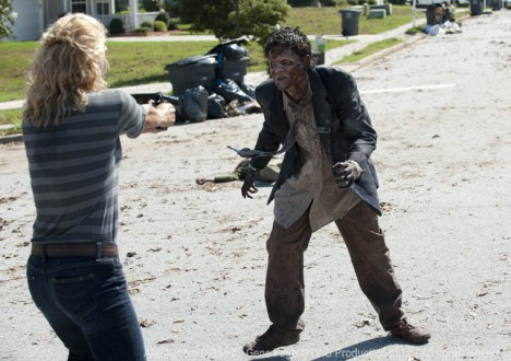 The Walking Dead Season 2 Episode Photos 63 - The Walking Dead Season 2 Episode Photos