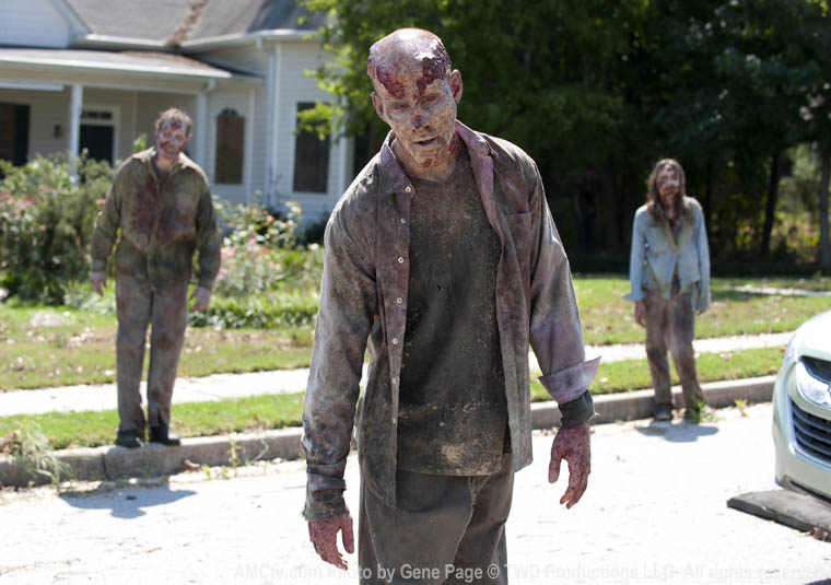 The Walking Dead Season 2 Episode Photos 60 - The Walking Dead Season 2 Episode Photos