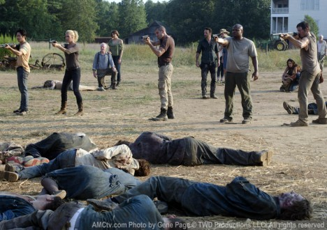 The Walking Dead Season 2 Episode Photos 73 - The Walking Dead Season 2 Episode Photos