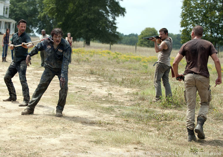 The Walking Dead Season 2 Episode Photos 72 - The Walking Dead Season 2 Episode Photos