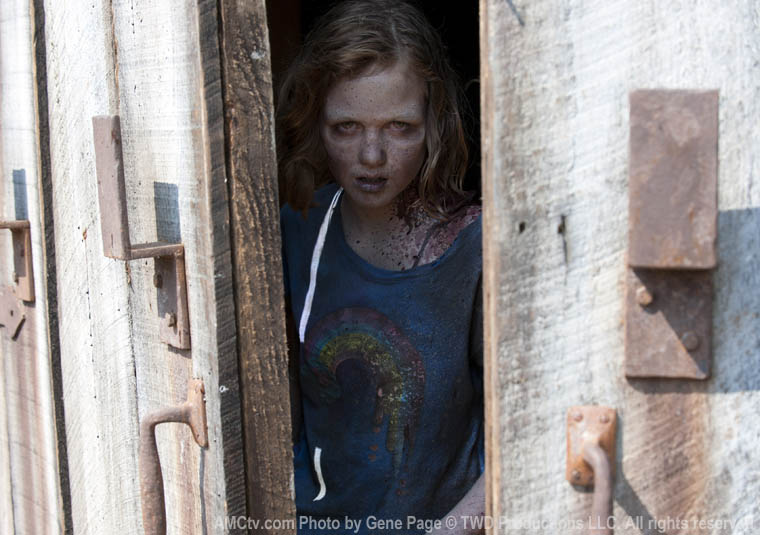 The Walking Dead Season 2 Episode Photos 75 - The Walking Dead Season 2 Episode Photos