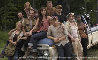 <em>The Walking Dead</em> Cast Part of <em>EW</em>&#8216;s Entertainers of the Year; Daryl Dixon&#8217;s One of <em>MTV</em>&#8216;s Top Characters
