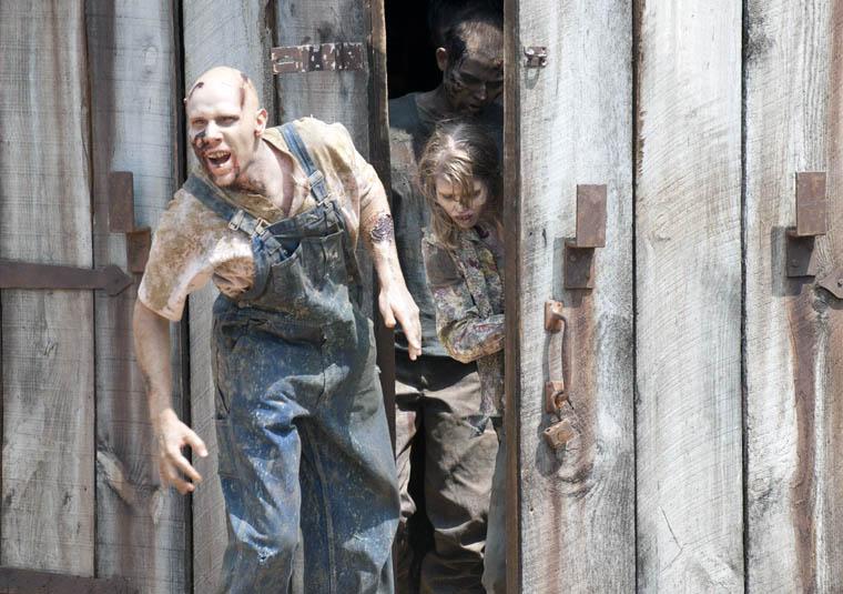 Season 2 Zombie Photos 15 - Season 2 Zombie Photos