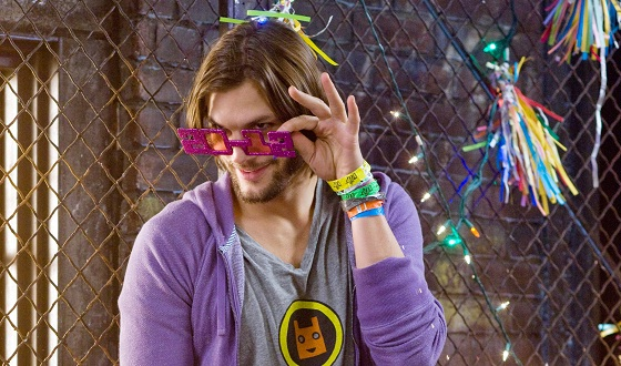 new-years-eve-ashton-kutcher-560.jpg