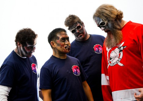 The Comic Book Men as Zombies 8 - The Comic Book Men as Zombies