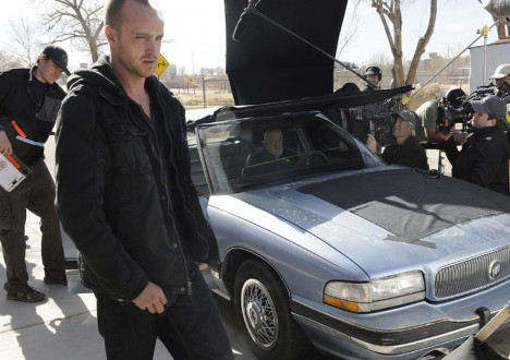 Breaking Bad Season 4 Behind the Scenes Photos 12 - Breaking Bad Season 4 Behind the Scenes Photos