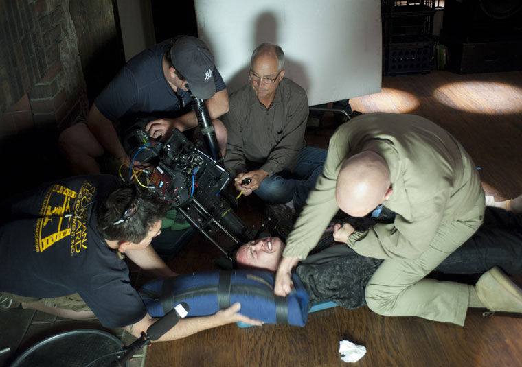 Breaking Bad Season 4 Behind the Scenes Photos 19 - Breaking Bad Season 4 Behind the Scenes Photos