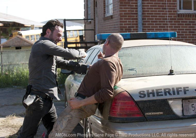 The Walking Dead Season 2 Episode Photos 99 - The Walking Dead Season 2 Episode Photos