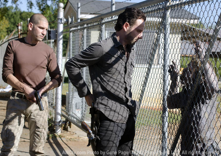 The Walking Dead Season 2 Episode Photos 97 - The Walking Dead Season 2 Episode Photos