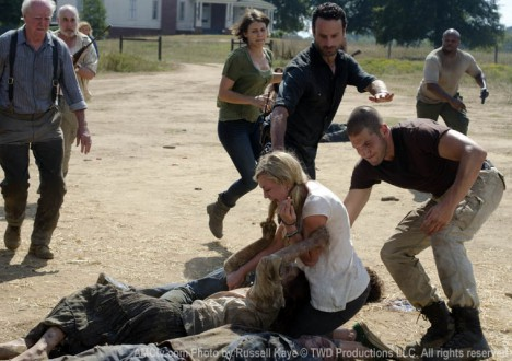 The Walking Dead Season 2 Episode Photos 78 - The Walking Dead Season 2 Episode Photos