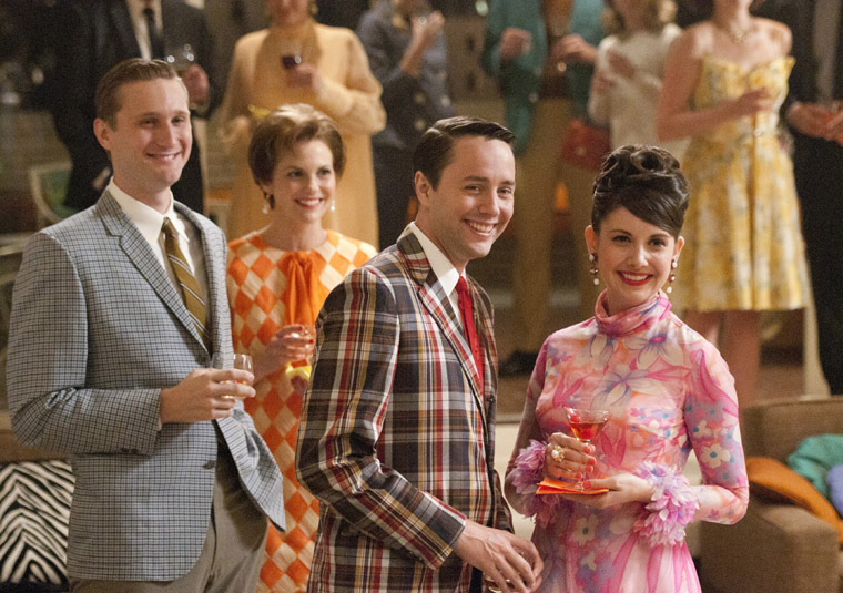 Mad Men Season 5 Episode Photos 3 - Mad Men Season 5 Episode Photos