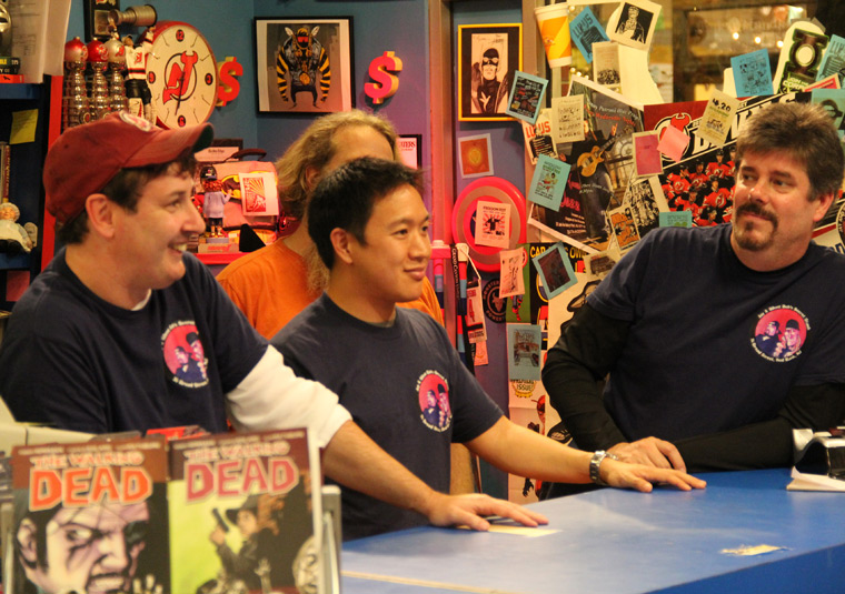 Comic Book Men Season 1 Photos 30 - Comic Book Men Season 1 Photos