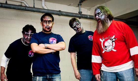 Photos – The Comic Book Men as Zombies