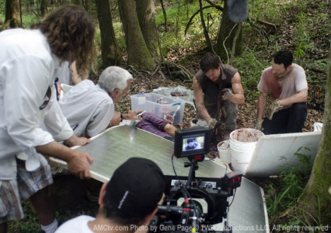 The Walking Dead Season 2 Behind the Scenes Photos 3 - The Walking Dead Season 2 Behind the Scenes Photos
