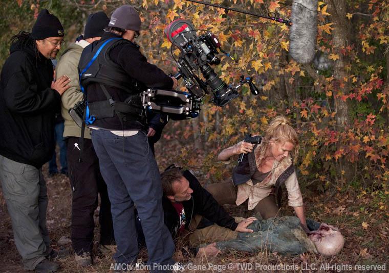 The Walking Dead Season 2 Behind the Scenes Photos 19 - The Walking Dead Season 2 Behind the Scenes Photos
