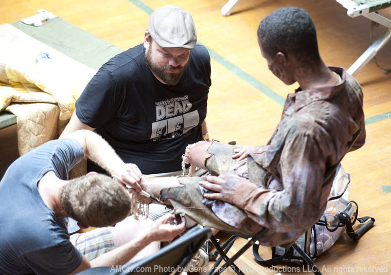The Walking Dead Season 2 Behind the Scenes Photos 6 - The Walking Dead Season 2 Behind the Scenes Photos