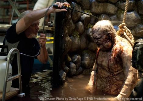 The Walking Dead Season 2 Behind the Scenes Photos 8 - The Walking Dead Season 2 Behind the Scenes Photos