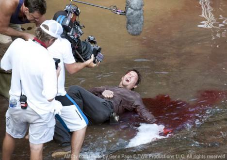 The Walking Dead Season 2 Behind the Scenes Photos 11 - The Walking Dead Season 2 Behind the Scenes Photos