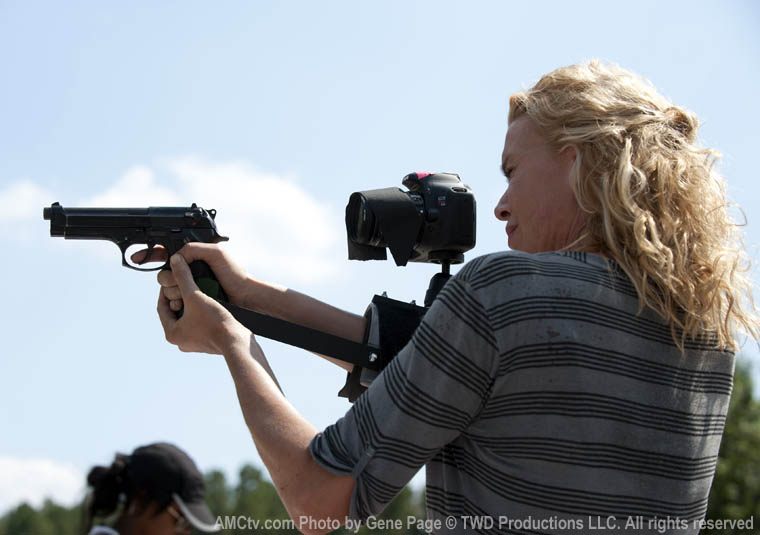 The Walking Dead Season 2 Behind the Scenes Photos 12 - The Walking Dead Season 2 Behind the Scenes Photos
